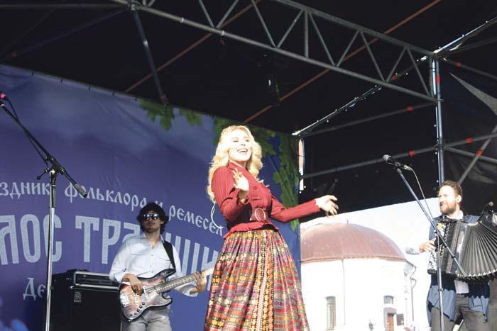 Изюминка праздника – певица Пелагея
