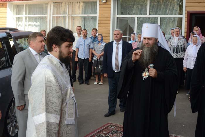 Встреча управляющего Нижегородской митрополией владыки Георгия в селе Водоватове