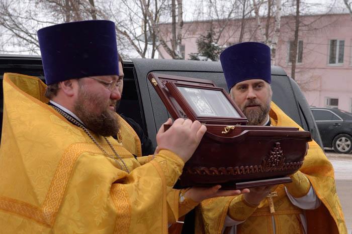 Арзамас встретил ковчег с частицей мощей святого Феодора Ушакова